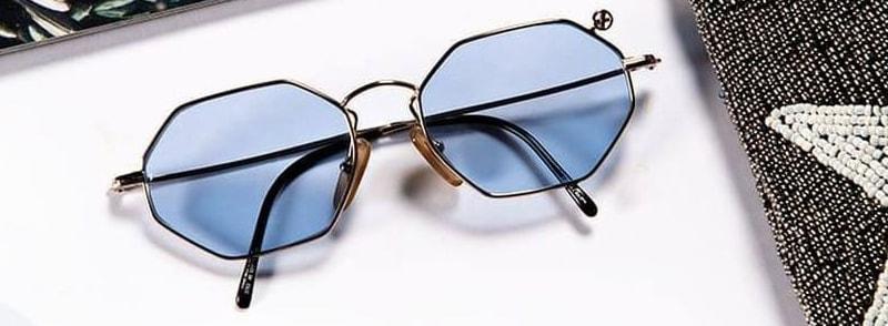 для чего нужны очки с синими стеклами фото