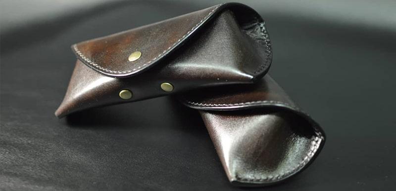 Кожаные футляры для солнцезащитных очков фото