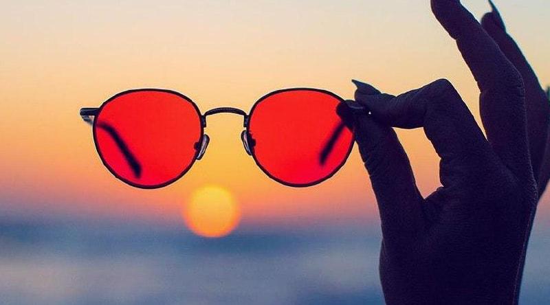 можно ли носить очки с красными линзами фото