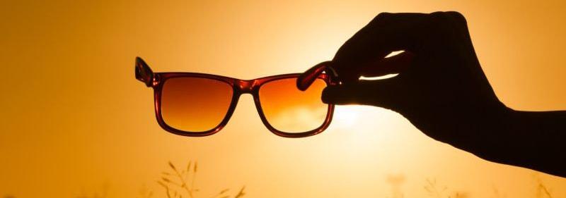 можно ли смотреть на солнце через очки фото