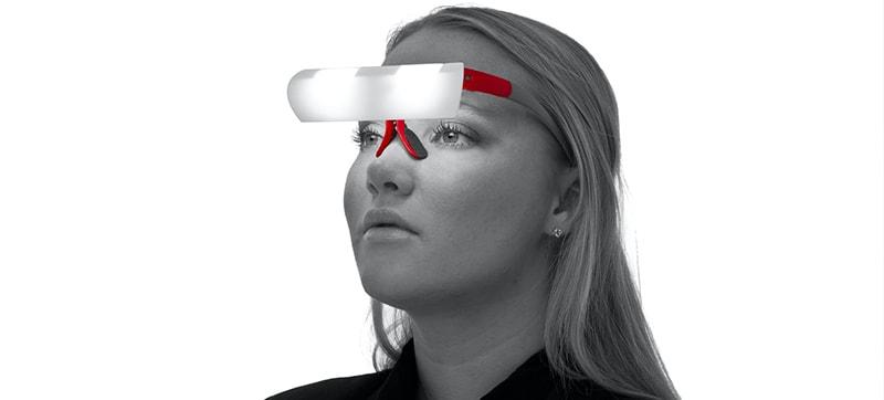 очки Seqinetic которые светят на лицо фото