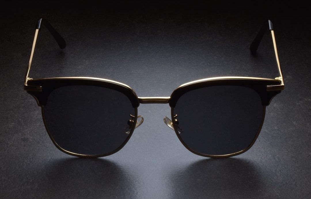 Как отличить мужские очки