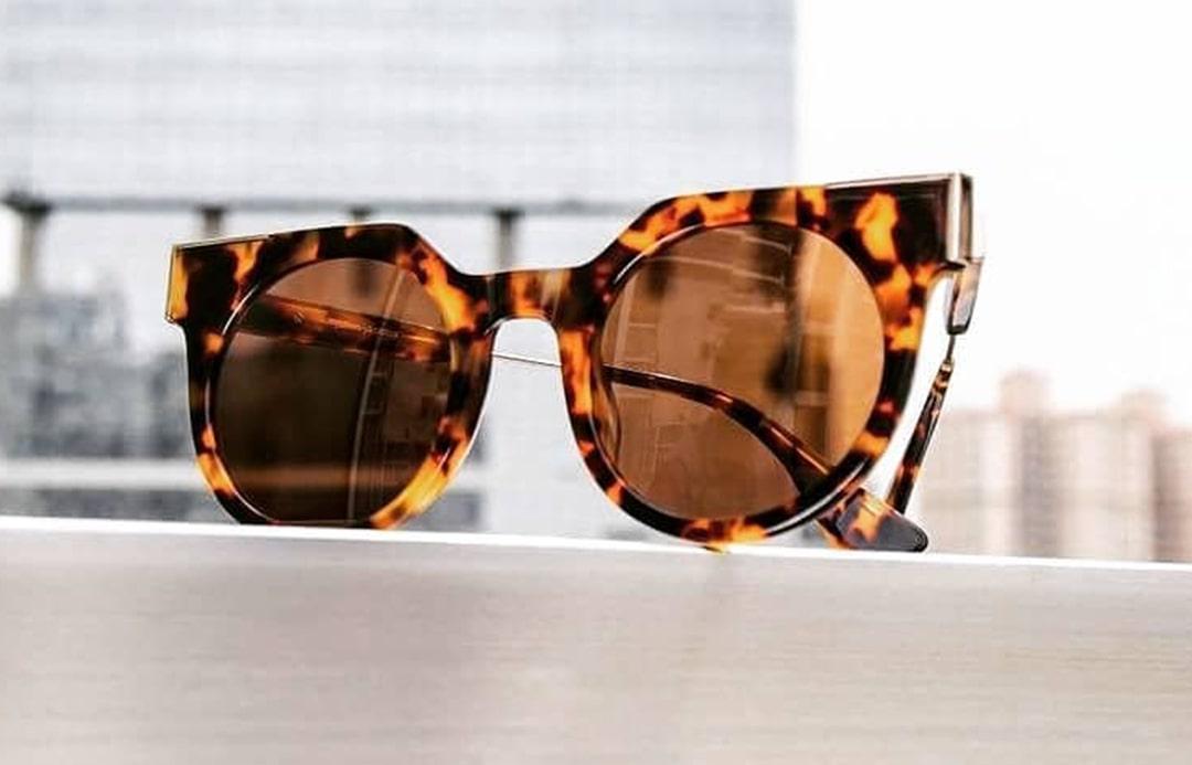 Как отличить женские очки