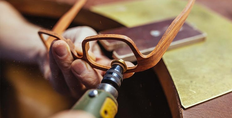 Изготовление оправы из дерева фото