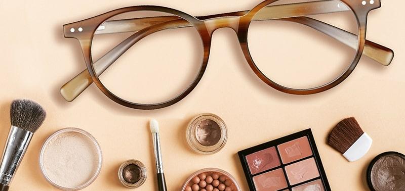 Как правильно краситься под очки для зрения фото