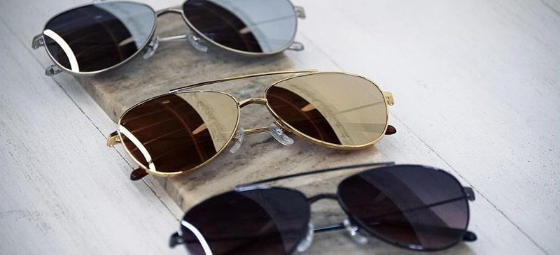Цветные линзы в очках каплях фото
