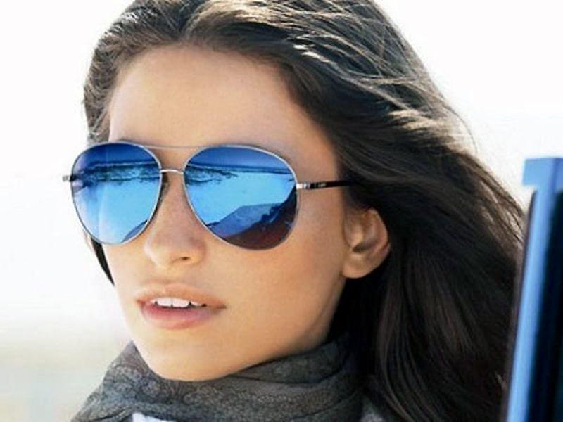 Как солнцезащитные очки сидят на переносице
