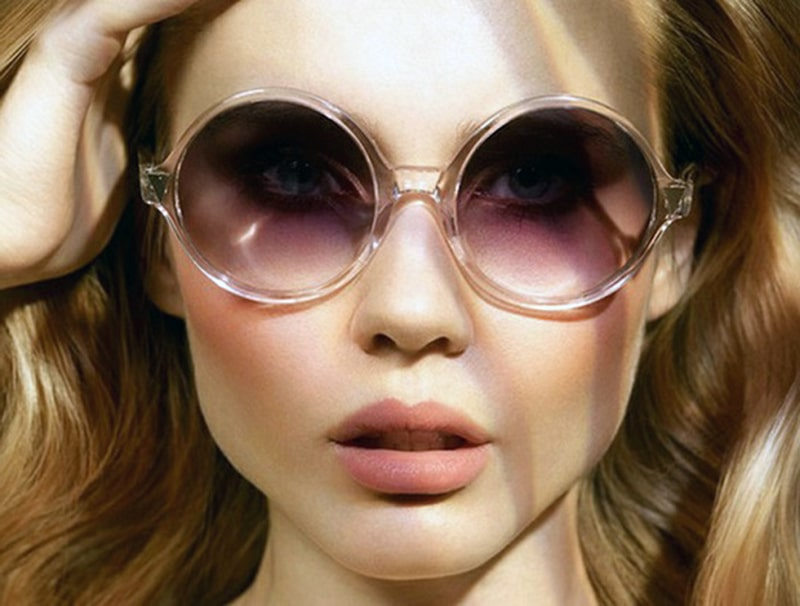 Массивные солнцезащитные очки могут закрывать брови фото