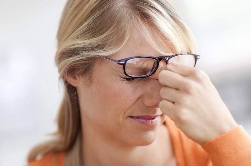 Очки не должны давить на переносицу