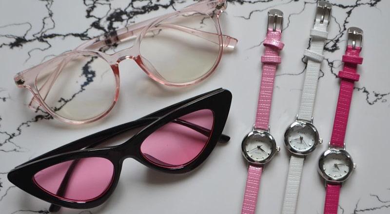 Солнцезащитные очки с пластиковой оправой