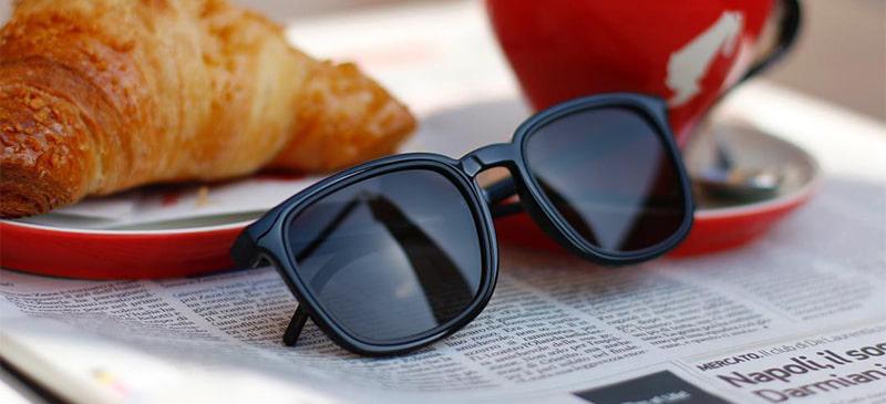 Черные линзы солнцезащитных очков фото