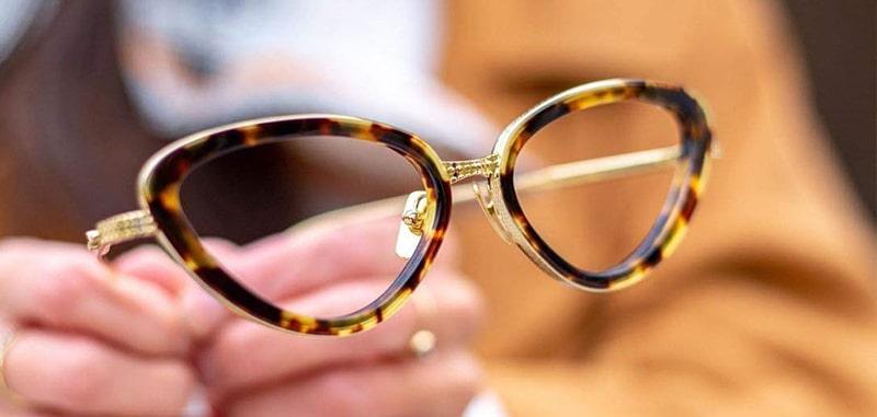 Очки с нулевой степенью затемнения линз