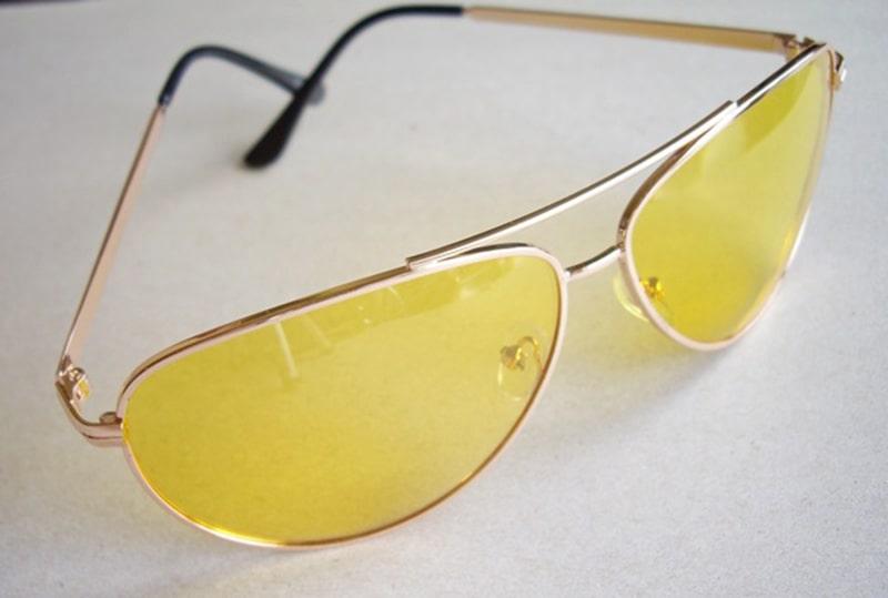 Для чего нужны очки с желтыми линзами