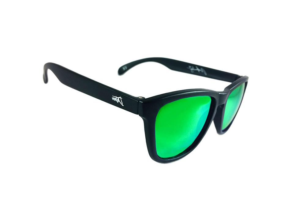 Зеленые линзы солнцезащитных очков фото