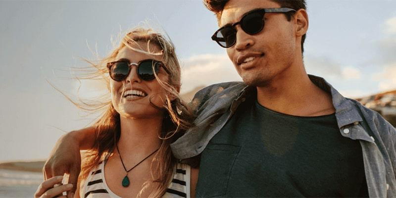 можно ли носить солнечные очки на голове картинка